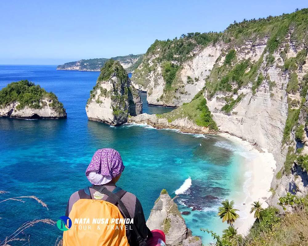 Atuh Cliff Nusa Penida Tour